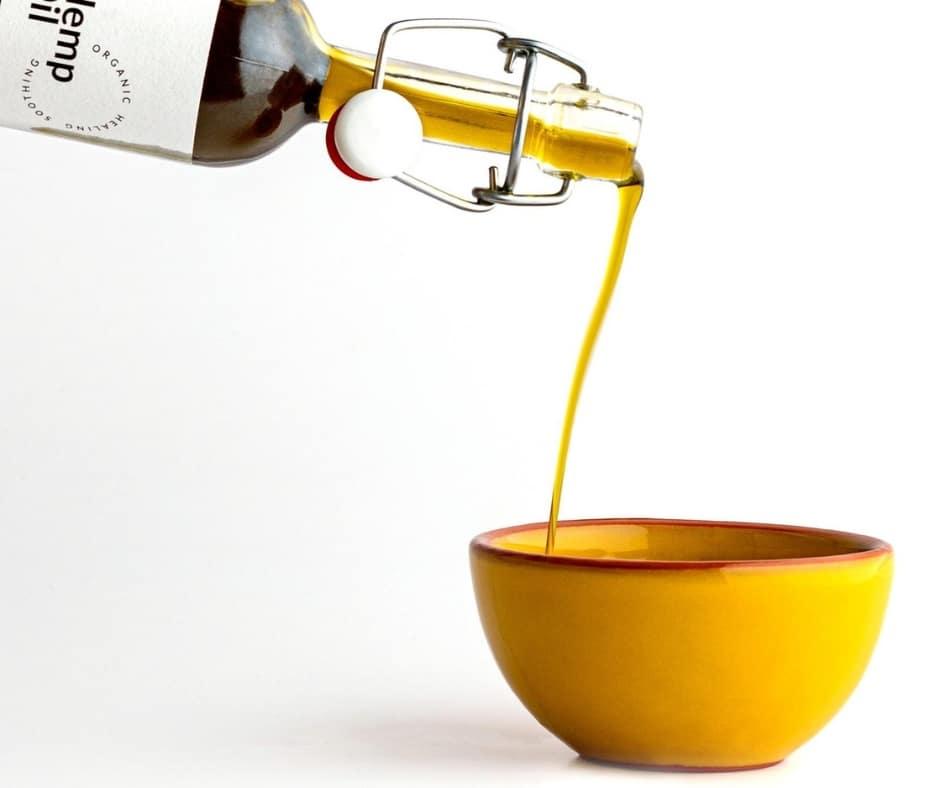 hemp oil pouring