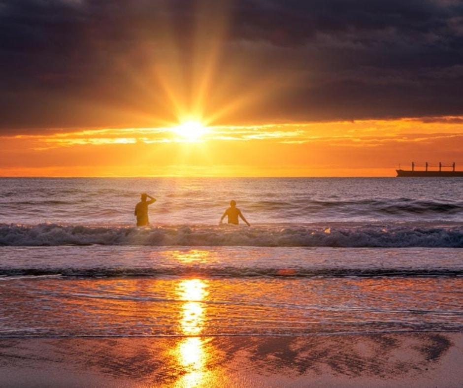 sunrise over king edwards bay
